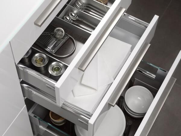 szuflady kuchenne funkcjonalne wnętrze