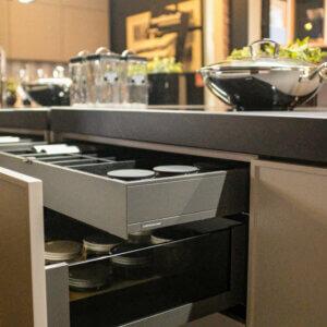 Zestaw mebli kuchennych WFM PIANO/ CORNICE